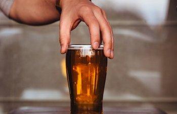 Studiu: Berea fara alcool, sursa de carbohidrati si electroliti pentru sportivi