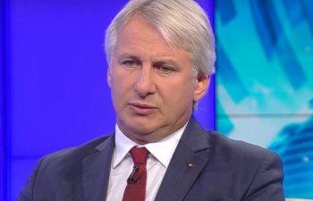 Teodorovici isi cere scuze, dupa ce a jignit o jurnalista: