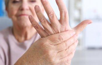 Specialisti: Pacientii cu boli reumatice pot ramane activi, cu un diagnostic precoce si tratament adecvat