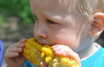 UNICEF: Alimentatia deficitara afecteaza sanatatea copiilor in intreaga lume