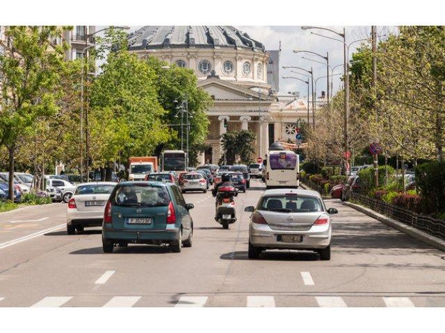 "Dacia: ""Prioritatile noastre sunt infrastructura si lupta impotriva invaziei de masini second-hand in Romania"""