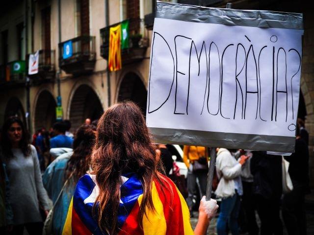 Proteste in Catalonia: Platforma de mobilizare Tsunami Democratic, inchisa de autoritati, ar avea un server la Bucuresti
