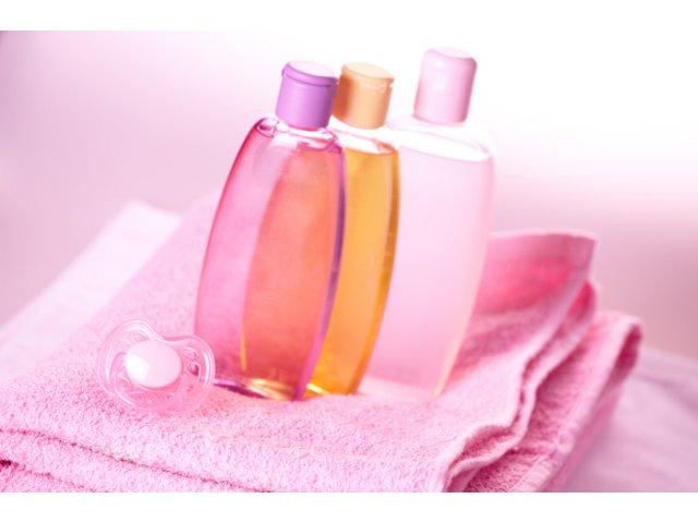 10 metode surprinzatoare in care poti folosi uleiul de bebelusi
