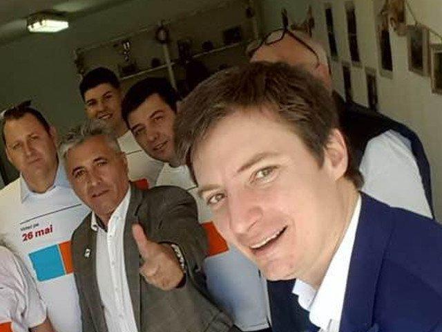 Andrei Caramitru: Diaspora scrie istoria! In primele 30 de minute, au votat deja 10.500 de oameni