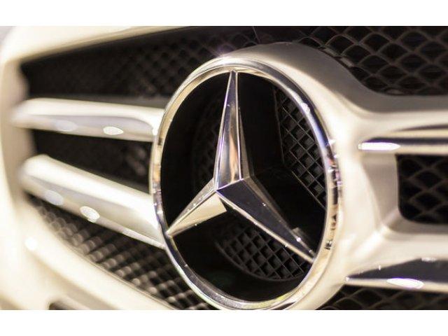 Presa germana: Daimler vrea sa concedieze 1.100 de angajati din management
