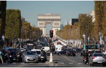 UE a aprobat sistemele de siguranta care vor deveni obligatorii in 2022: franarea automata de urgenta si mentinerea benzii sunt pe lista