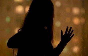 O fetita de 10 ani, insarcinata in opt luni, dupa ce a fost violata de fratele sau de 15 ani