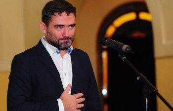 Plesoianu, despre Iohannis: Uitati-va la el cat e de scumpic, manca-l-ar poporul pe el de munte de ipocrizie si oportunism/ VIDEO