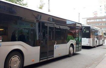 Primaria din Constanta cauta forma legala pentru a-i da jos din autobuze pe calatorii cu igiena precara