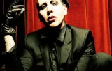 [VIDEO] Marilyn Manson a fost ranit intr-un concert sustinut la New York