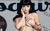 [FOTO / VIDEO] Katy Perry a pozat topless