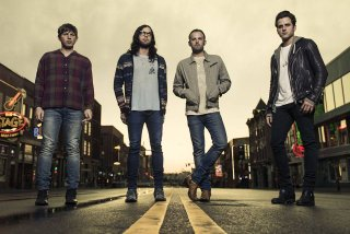 Trupa Kings Of Leon va lansa in curand un nou album de studio