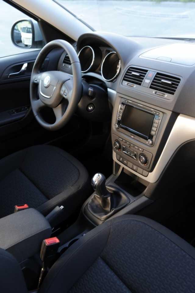 Skoda yeti interior фото