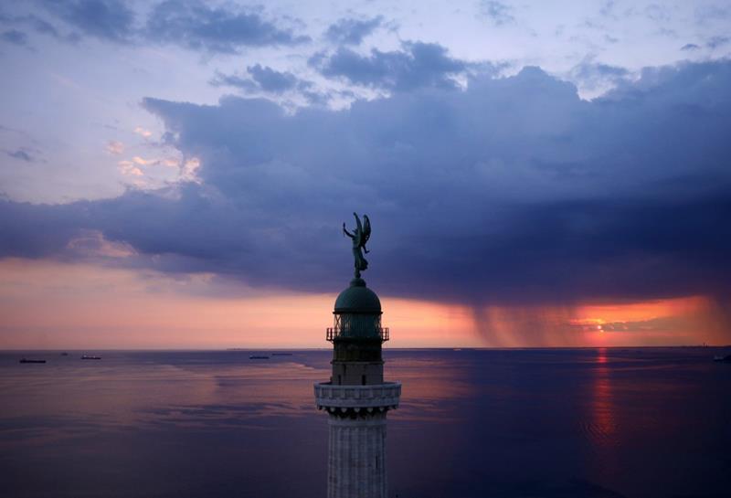 4. Vittoria Light, Trieste,...