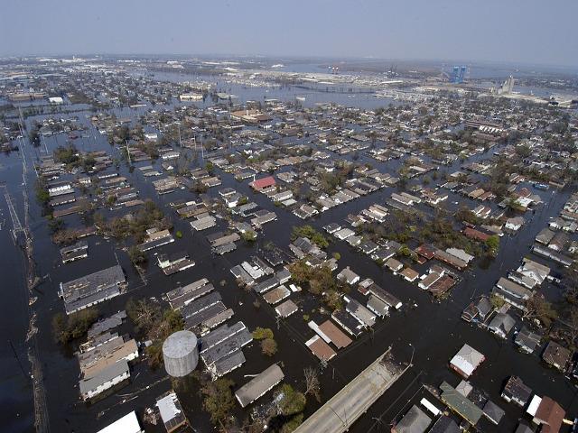Uraganul Katrina- New...