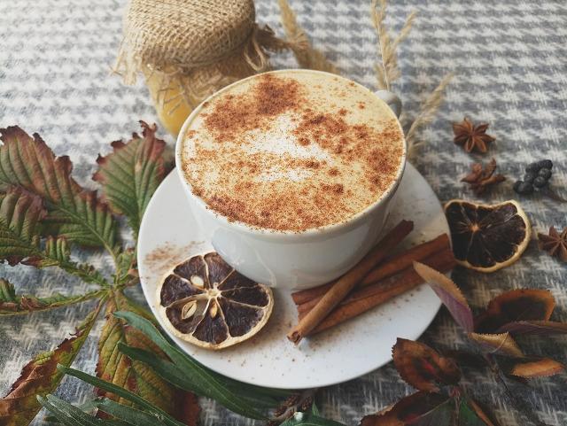 Cafea cu scortisoara