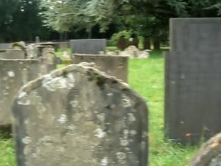 Cimitirul lui Dracula