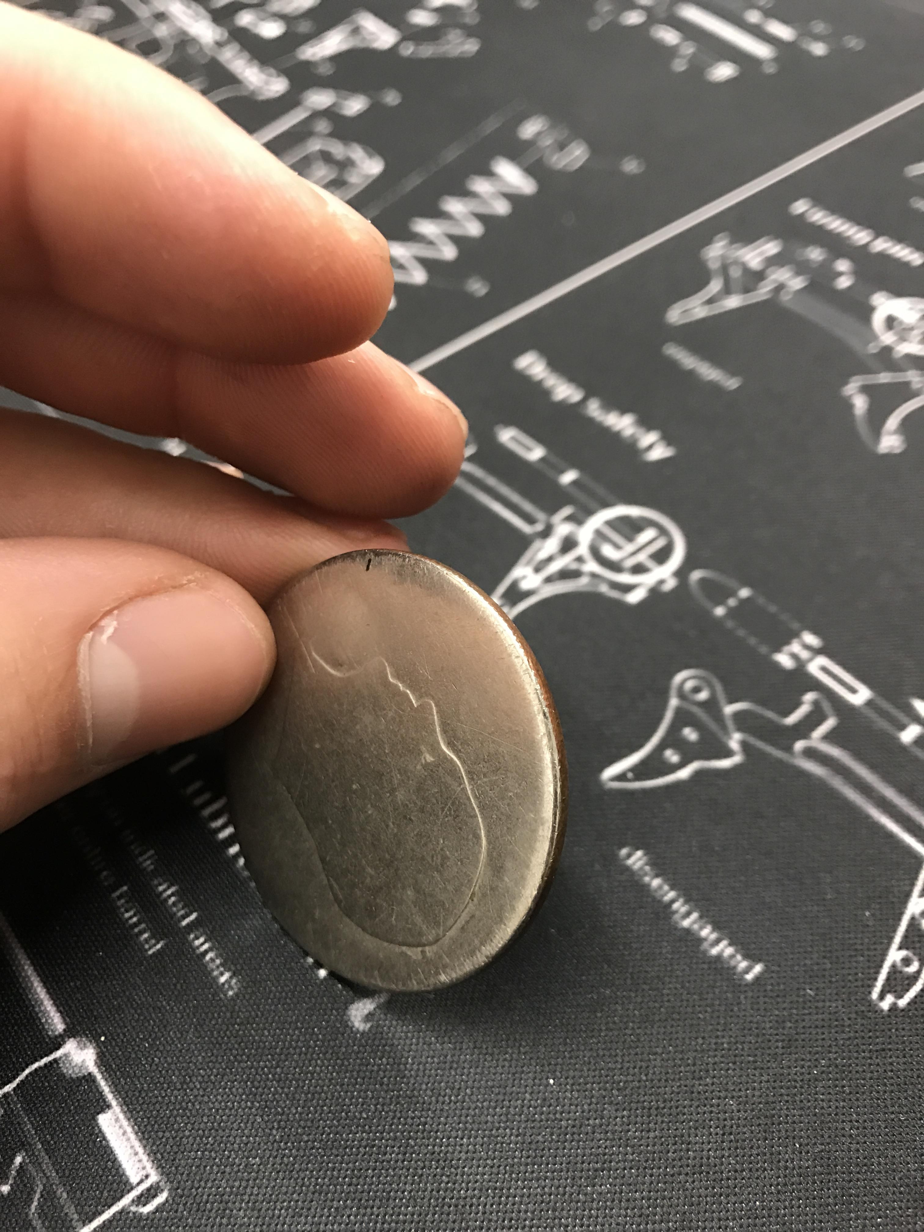 Un batran a purtat o moneda...